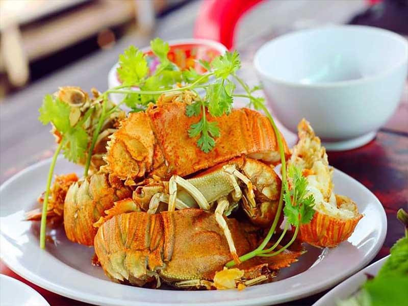 Nhà hàng Bé Ghẹ có menu đa dạng và giá cả tương đối hợp lý - Nguồn ảnh: Internet