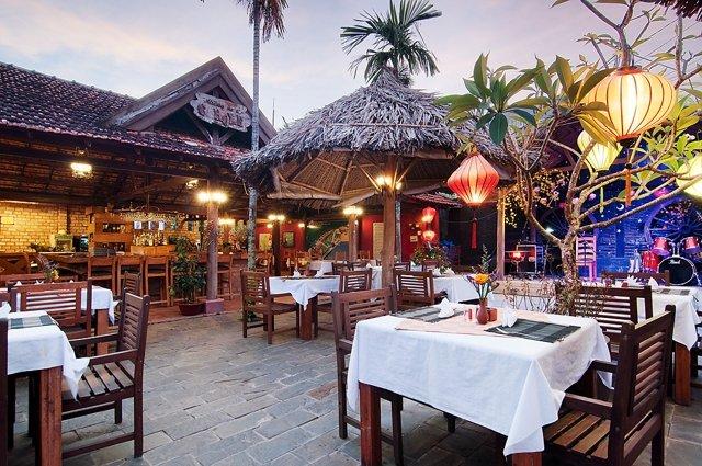 Nhà hàng Sông Xanh có sức chứa lớn, món ăn đa dạng - Nguồn ảnh: Internet