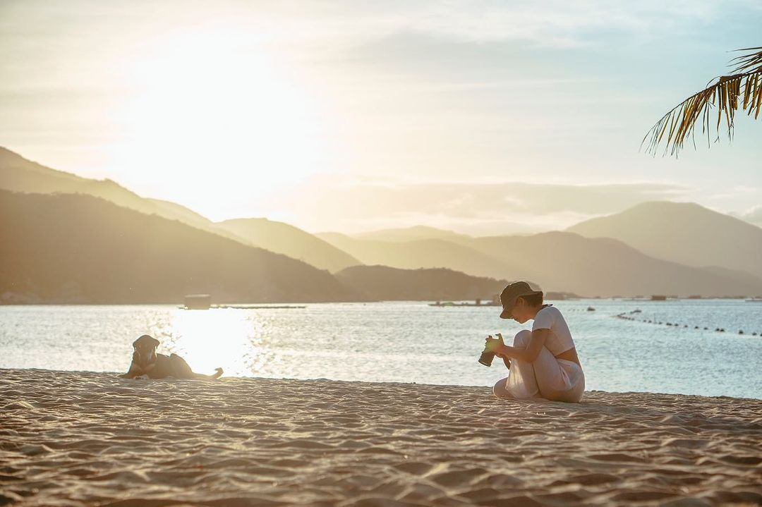 Những bãi biển đẹp vắng vẻ ít người biết ở Nha Trang
