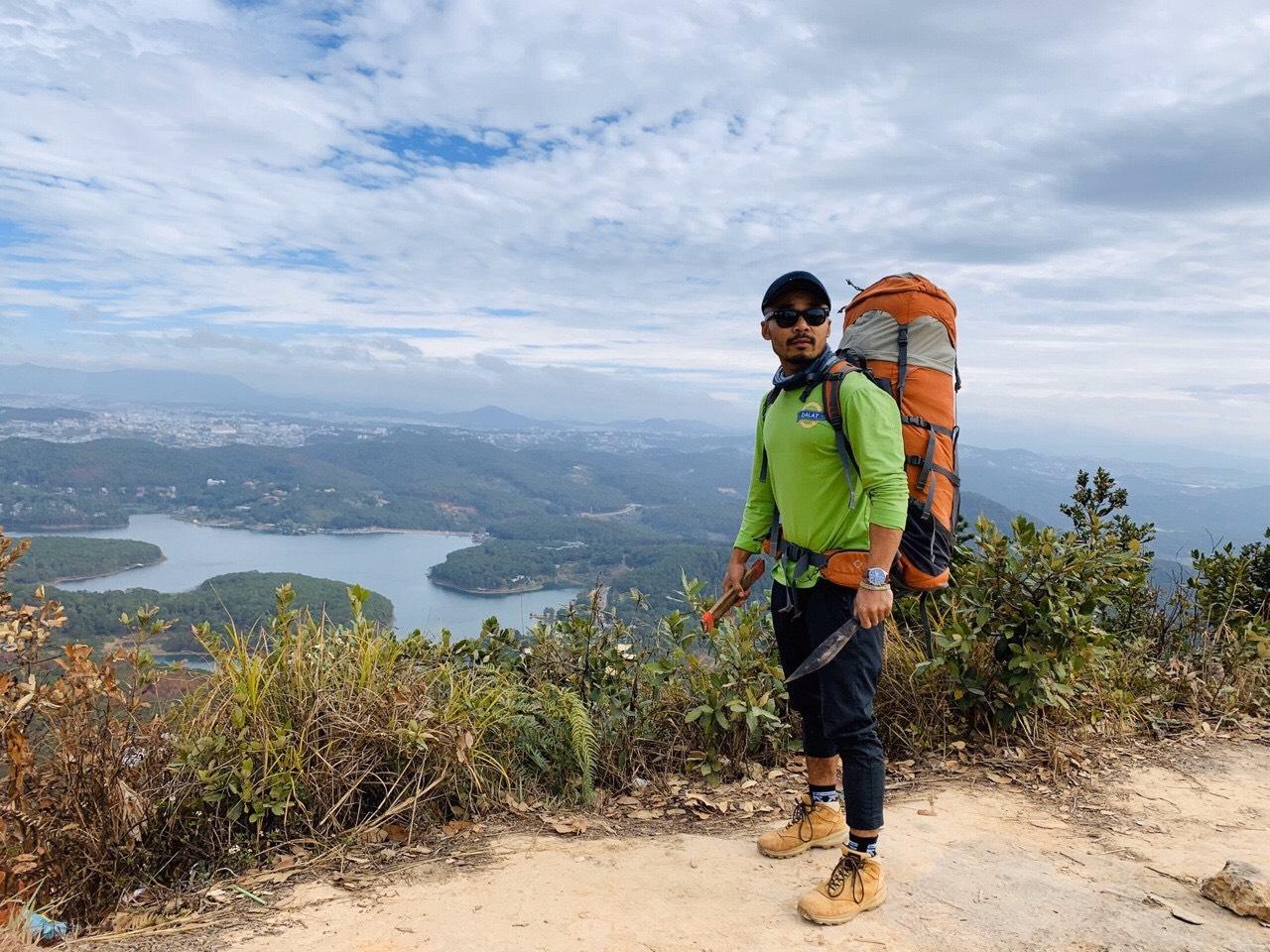 Chọn trang phục trekking phù hợp. Hình: Sưu tầm