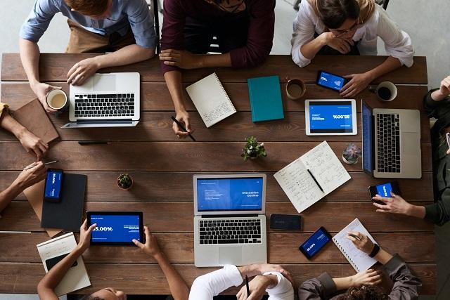 Phần mềm nhóm hợp tác đóng vai trò quan trọng trong doanh nghiệp hiện nay