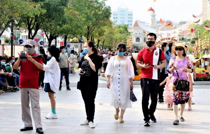 TP. Hồ Chí Minh: Khách sốt trên 37,5 độ C không được vào các khu du lịch
