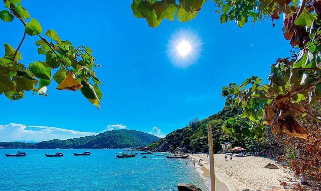 Khám phá Hòn Chảo đầy thơ mộng ở xứ Huế