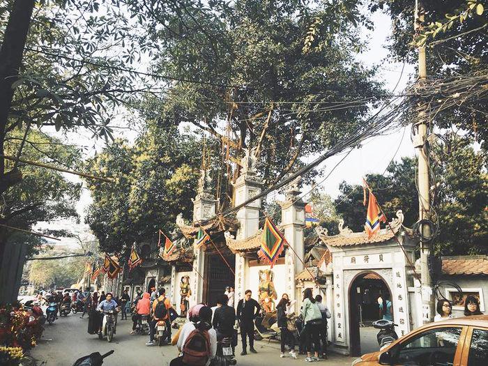 Địa chỉ: 86 phố Chùa Hà,phường Dịch Vọng,quận Cầu Giấy, thành phốHà Nội