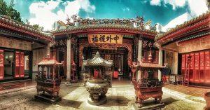 Tìm hiểu văn khấn và lễ vật khi đi chùa cầu duyên