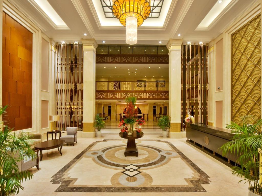 Ấn tượng đầu tiên khi bước chân vào Vinpearl Luxury Đà Nẵng chính là kiến trúc độc đáo và vô cùng sang trọng