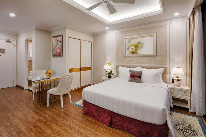 Các hạng phòng ở đây đều được thiết kế theo phong cách hiện đại, tích hợp đầy đủ tiện nghi