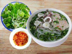 Ăn trưa ở Phú Quốc: Ăn món gì, ở đâu ngon?