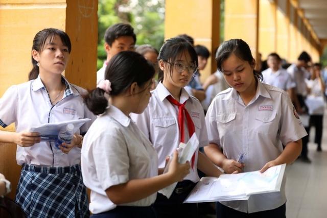 Cách thức tuyển sinh lớp 10 ở Hà Nội và TP.HCM trong năm 2021 giống nhau. Ảnh: Internet