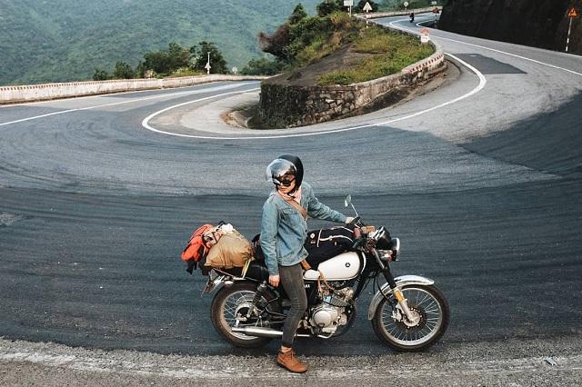 Di chuyển bằng xe máy giúp bạn khám phá nhiều điểm đẹp ở dọc đường đi
