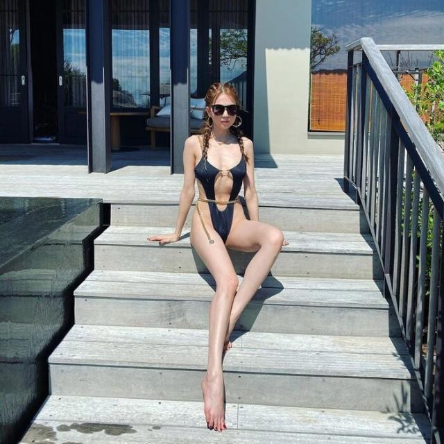 Những mẫu bikini mà Ngọc Trinh chọn lựa luôn đạt chuẩn sexy nhất, nhỏ nhất, táo bạo nhất. Ảnh: Internet