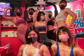 Quán bar nơi nữ bồi bàn cơ bắp như lực sĩ