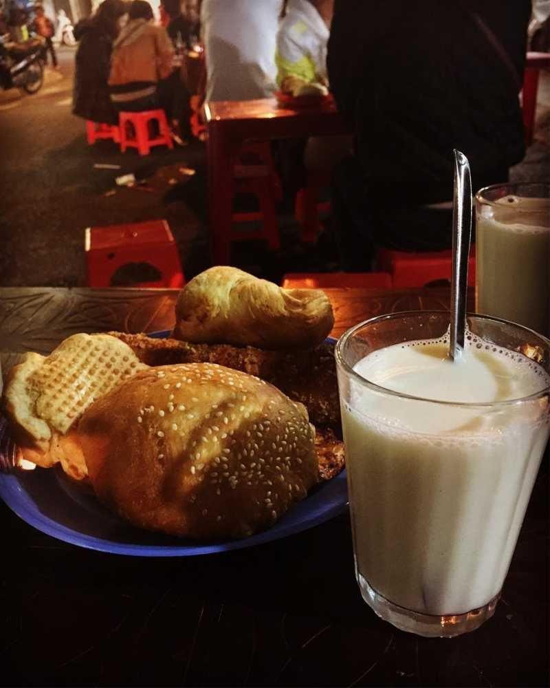 Sữa đậu nành nóng Đà Lạt. Hình: Sưu tầm