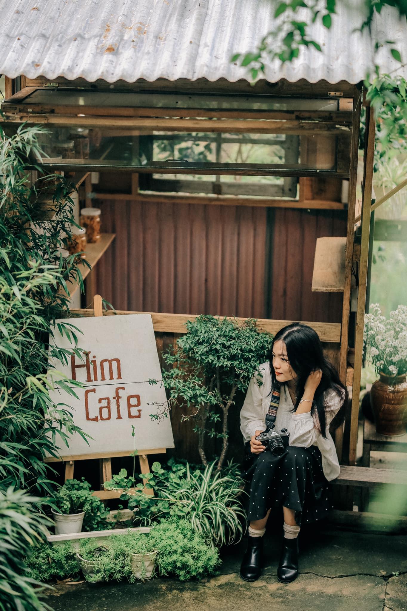 Những góc cafe lãng mạn vào mùa mưa. Hình: Đồng Ngô