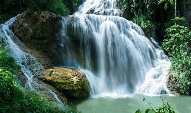 Đến mùa, dòng Thác Mu cuồn cuộn nước chảy tạo nên một khung cảnh thật hùng vĩ