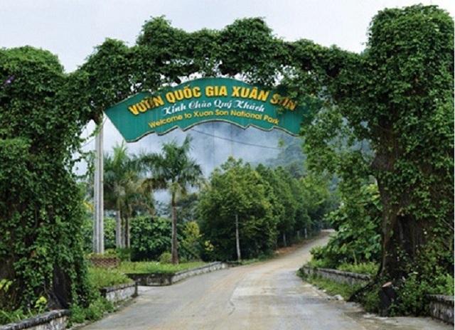 Lối vào vườn quốc gia Xuân Sơn