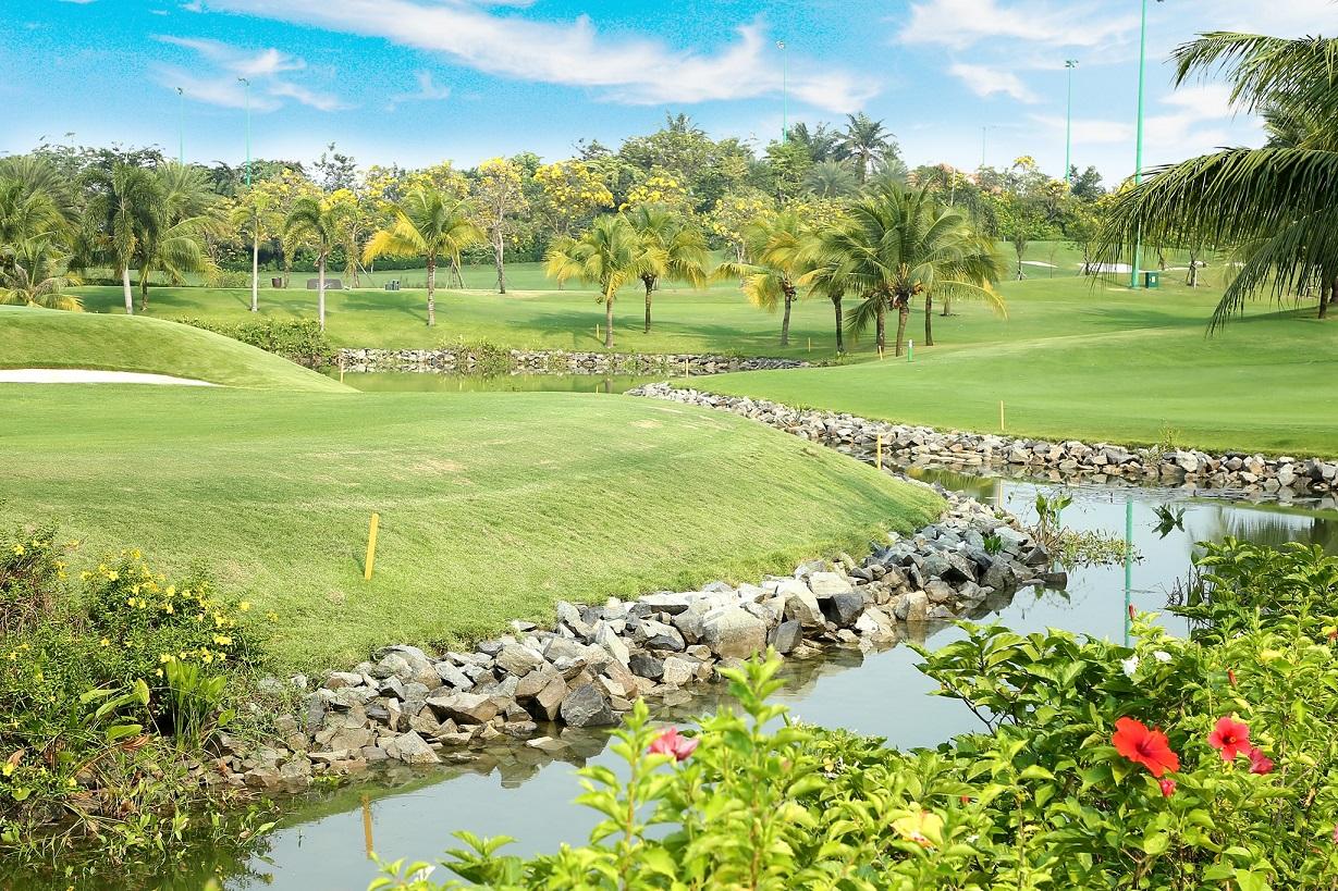 Sân golf Tân Sơn Nhất. Hình: Sưu tầm