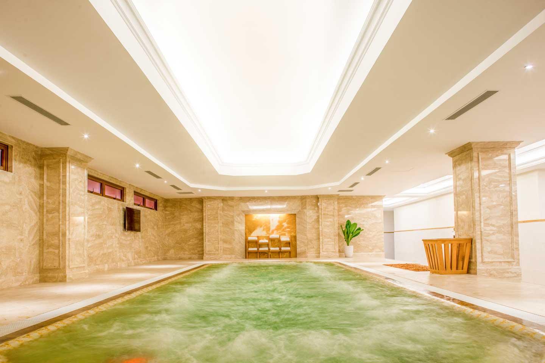 Phòng Jacuzzi hiện đại của sân golf Tân Sơn Nhất. Hình: Sưu tầm