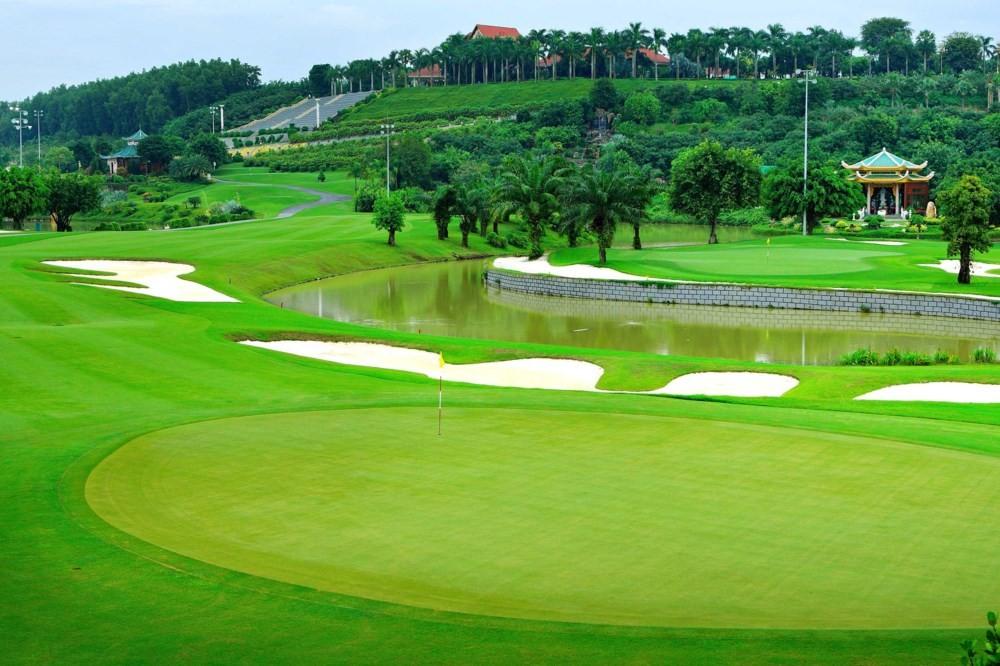 Sân golf Rạch Chiếc. Hình: Sưu tầm