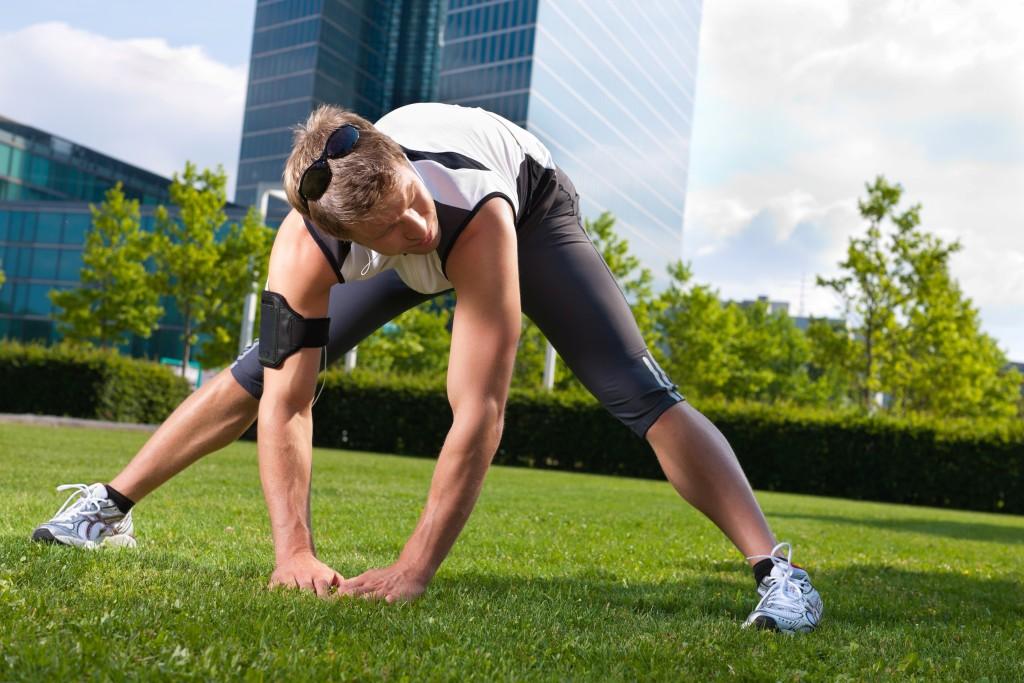 Khởi động cơ thể bằng những động tác đơn giản