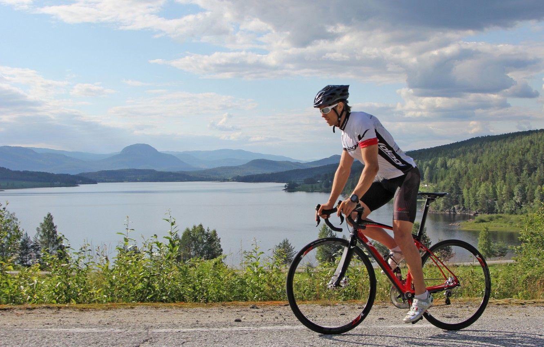 Đạp xe ở những con đường này sẽ giúp bạn tránh được khói bụi, xe cộ đông đúc
