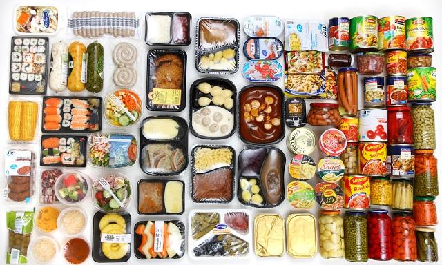 Thực phẩm chế biến sẵn chính là yếu tố nguy cơ cho việc tăng cân và nhiều vấn đề về sức khỏe