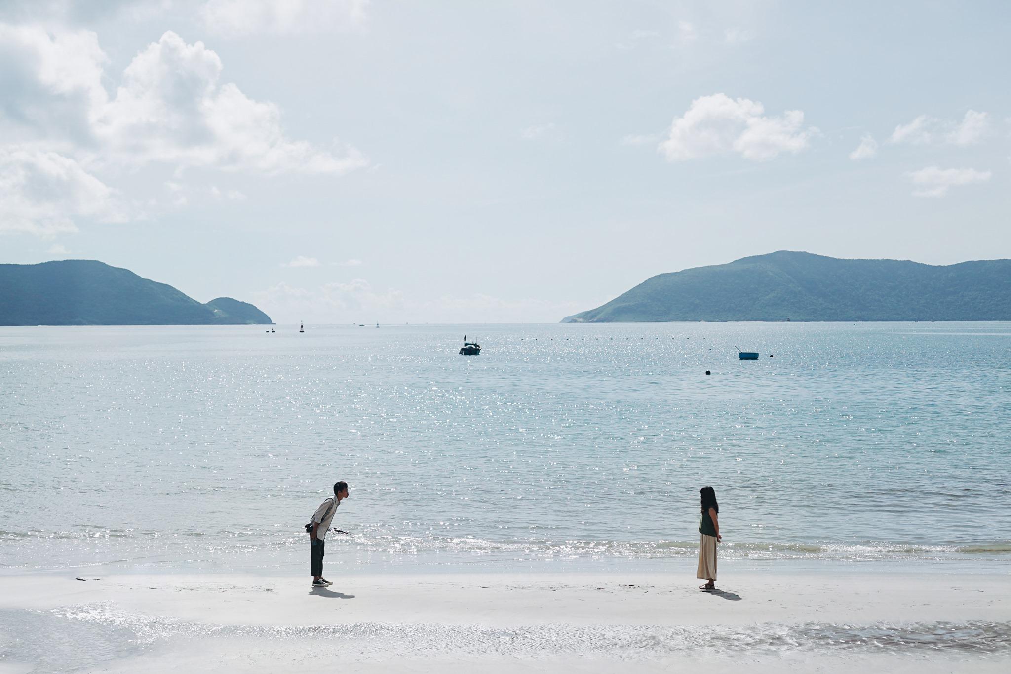 Bãi biển xanh trong vắt. Hình: Huynh Thanh Phuong Anh
