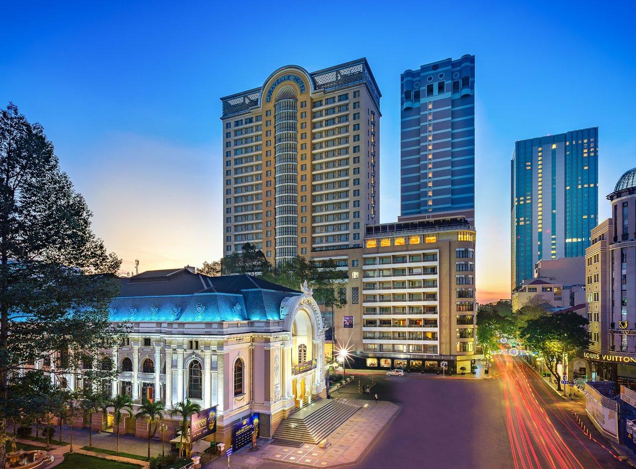 Khách sạn Caravelle Sài Gòn. Hình: Sưu tầm