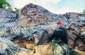 3 bãi đá cổ hình lục lăng ở Gia Lai
