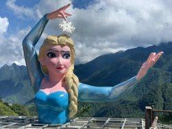Tượng 'Nữ hoàng băng giá' ở Sa Pa gây tranh cãi