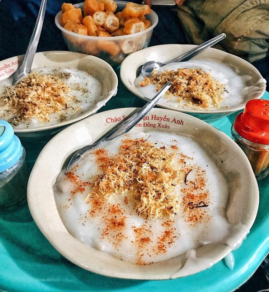 Cháo sườn sụn chợ Đồng Xuân. Hình: Sưu tầm