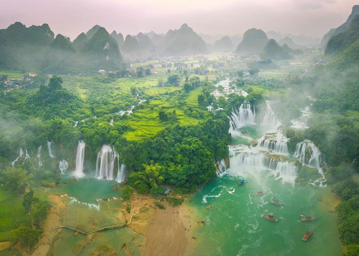 Sông Quây Sơn là ngọn nguồn tạo ra thắng cảnh Thác Bản Giốc nổi tiếng. Ảnh: dulichcaobang