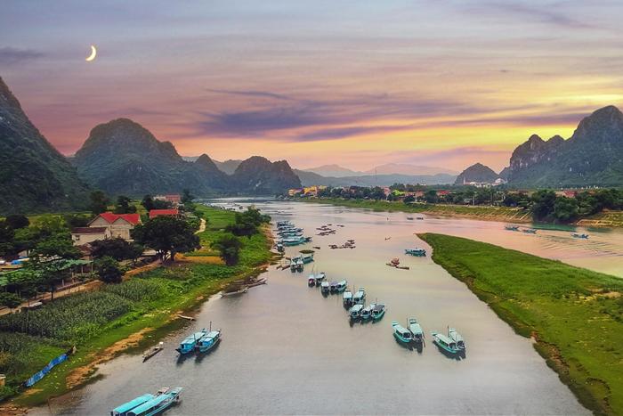 Sông Son khởi nguồn từ đông Trường Sơn. Ảnh: tago