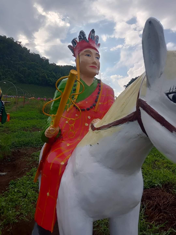 Tượng 'Tây du ký' gây tranh cãi ở Sơn La
